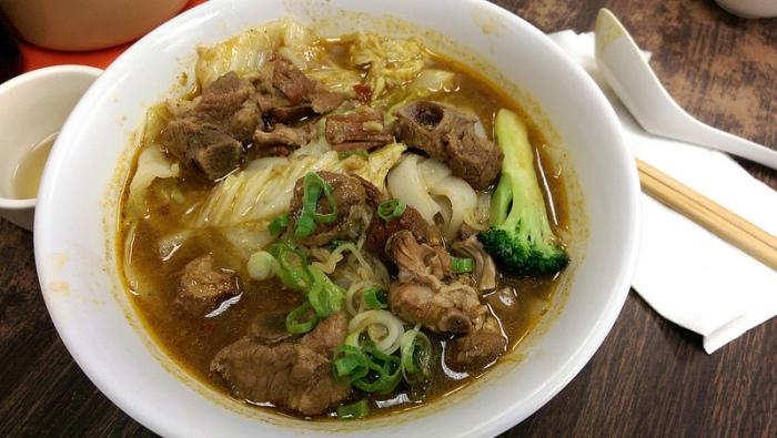 spare rib noodle soup